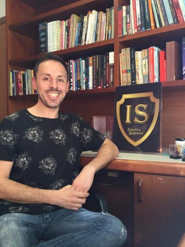Da Startup Literária IS Impérios Sagrados para o mundo: coragem neste momento!